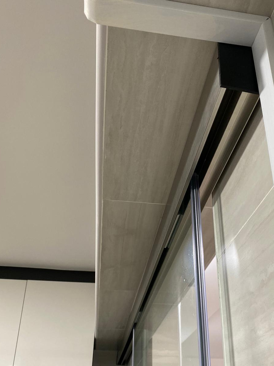 Clear Tempered Glass Sliding Door Track